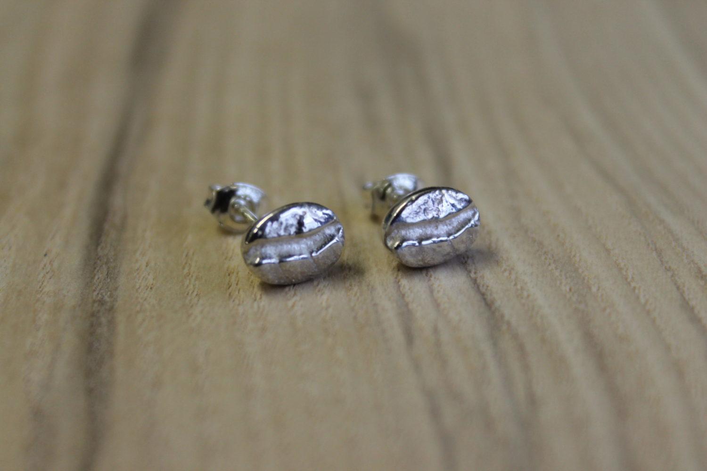 zilveren oorstekers koffiebonen